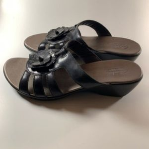 Clark's Women's Leather Sandals Black Size 9